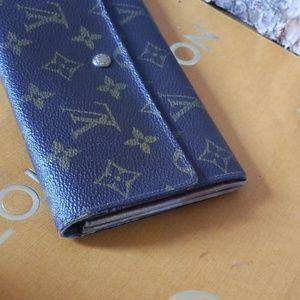Louis Vuitton Accessories - Authentic Louis Vuitton Sarah long wallet